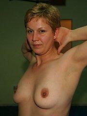 Mature women getting naked during gymclass
