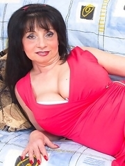 Horny and hot housewife getting reay for a foursome