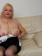 Chubby blonde mature slut getting wet